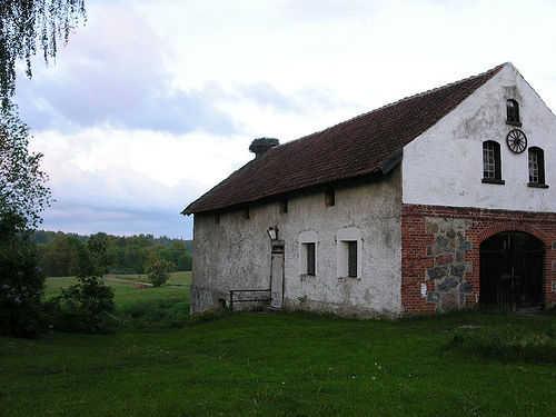 Polish stone barn