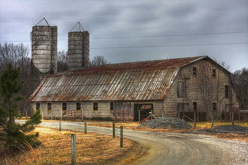 Barn in Ladysmith, VA