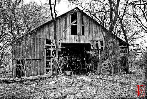 Classic family barn